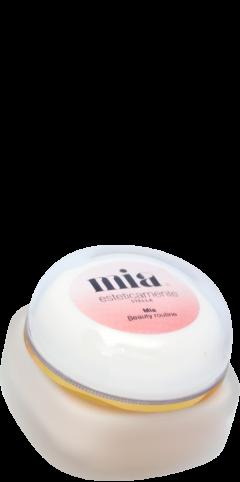 Crema viso alle cellule staminali di gardenia